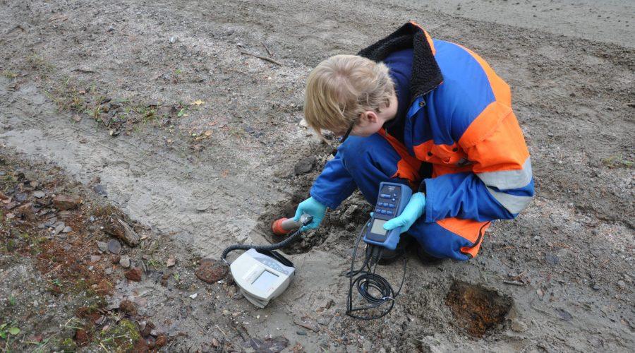 A3 Måling av radioaktivitet i veikanten mot forurenset område